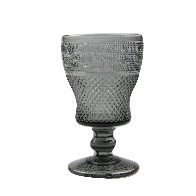 Cheap embossed vintage black color goblets